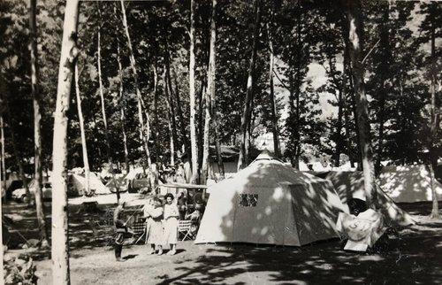 Campeggio centrale di Agno 1956