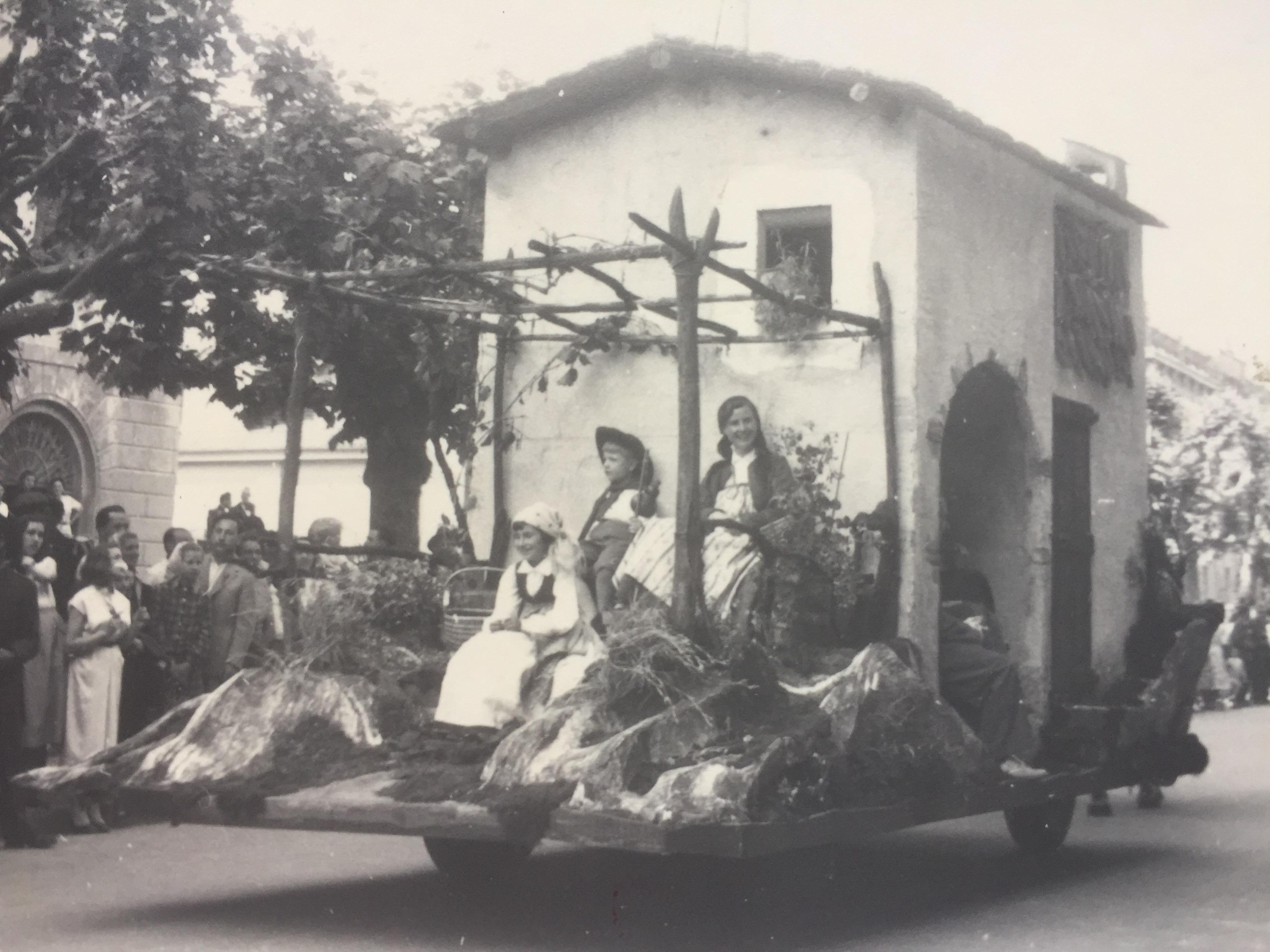 Corteo della vendemmia Lugano 1960 ca